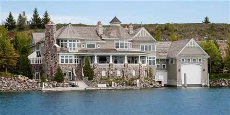 michigan waterfront property in charlevoix petoskey