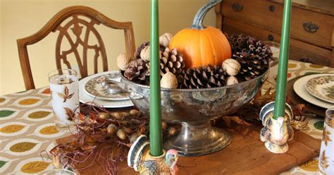 thrift store finds vintage inspired thanksgiving table