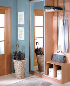 foyer ideas for small spaces foyer ideas for small spaces small entryway decorating