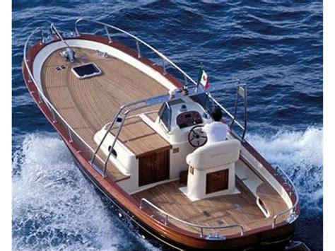 gozzo cabinato in vendita gozzo aprea usato la cura dello yacht