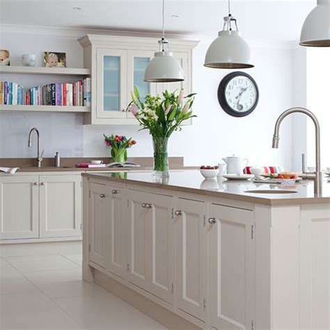 Traditional Kitchen With Prep Island And Pendant Lighting Island Kitchen Light
