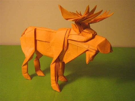 Origami Moose - 35 amazing exles of origami artworks