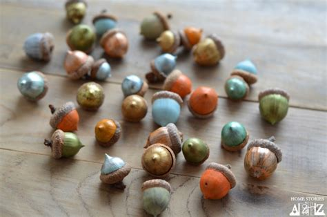 beautiful decorative autumn crafts with acorns