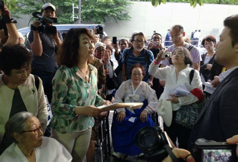 philippines comfort women comfort women from phl other nations demand apology