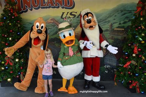 disney goofy santa hat 8 not to miss activities at disney world my big happy