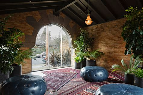 yoga space nw jessica helgerson interior design