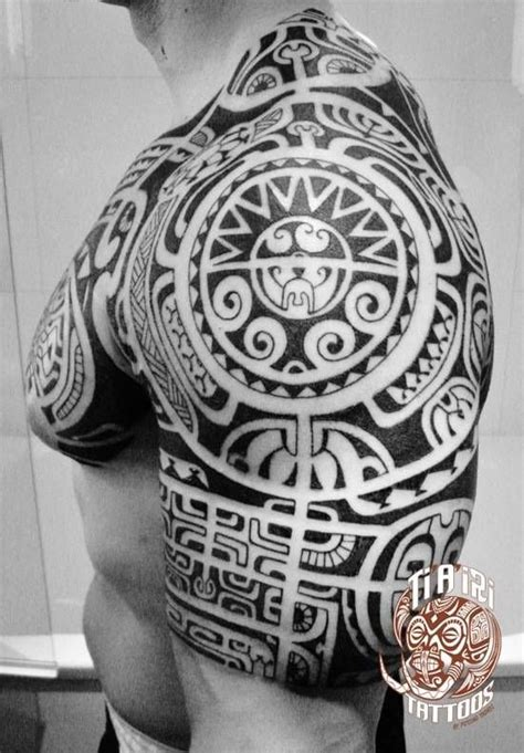 polynesian chest tattoo designs polynesian shoulder chest tattoos po oino yrondi po