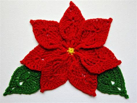 pattern for poinsettia leaf crochet red poinsettia bl 252 ten bl 228 tter ranken