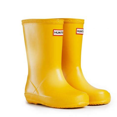 yellow boots buy yellow wellies at hurleys