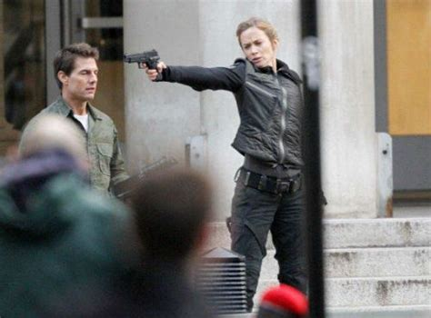 tom cruise all film tom cruise and emily blunt in new photos from all you need