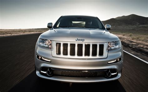 jeep grand cherokee front grill 2012 jeep grand cherokee srt8 front grille photo 5