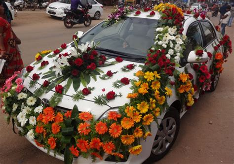 Car Decoration Shop by Wish Miss Flower Store In Bhubaneswar