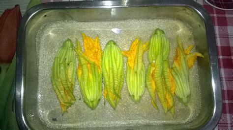 fiori di zucchina ripieni al forno fiori di zucchina ripieni al forno nella cucina