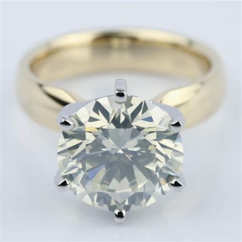4 carat engagement ring in yellow gold
