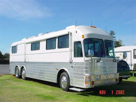 bus house for sale eagle bus coach rv buses entertainer coaches recreation vehicles bus conversions