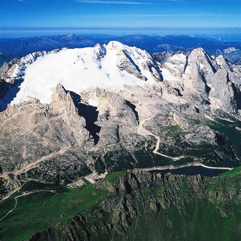 alta via 2 dolomitas ascenso a la marmolada monta 209 a y tradici 211 n escalada punta penia 3 343 m