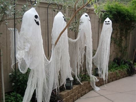 Ghost Decorations by 40 Scary Ghost Decorations Ideas