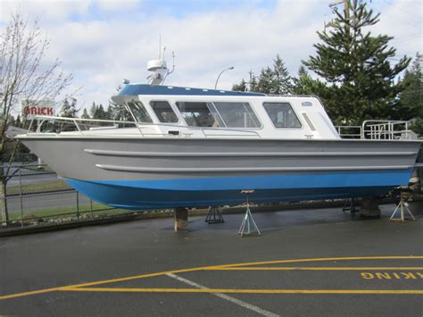 aluminum boats for sale cbell river bc 2003 eaglecraft 32 cruiser power boat for sale www