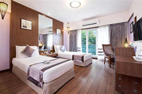 Deluxe Rooms   Grand Residency Hotel & Serviced Apartments   Rates, Tariffs & Reviews