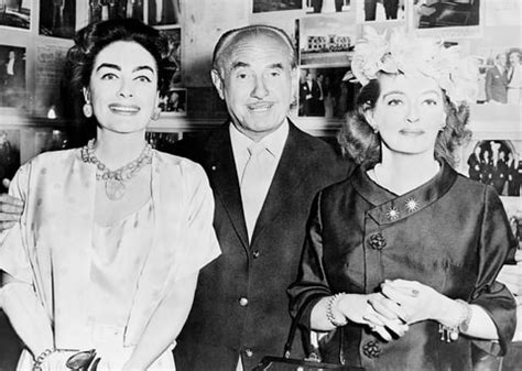 why bette davis and joan crawford s feud lasted a lifetime see jessica lange susan sarandon in feud costumes us