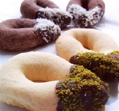 rekotlu pastane kurabiyesi tarifi kolay pratik resimli videolu pastane kurabiyesi resimli oktay usta yemek tarifleri