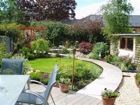Jardin Vert Romantique Irlande Photo 7 8 3496299 Garden By Design