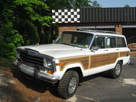 File Jeep Grand Wagoneer White Nc F Jpg Wikimedia Commons