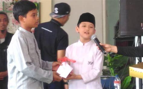 film cahaya hati semalam alwi assegaf pimpin doa acara syukuran 50 episode sinetron