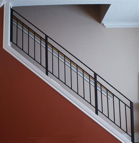Metal Banister Railing by Best 25 Metal Railings Ideas On Modern Staircase Modern Railing And Metal
