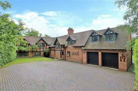 6 bedroom houses for sale 6 bedroom farm house for sale on twatling road birmingham