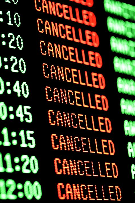 10 tips for dealing with flight delays and cancellations