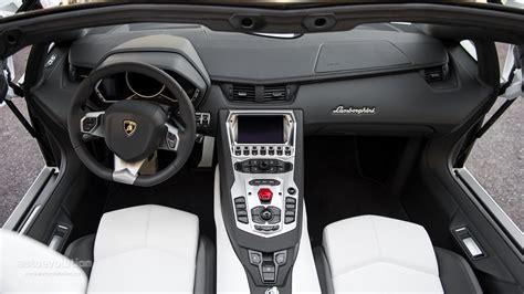lamborghini aventador interior white lamborghini aventador 2014 interior www pixshark com