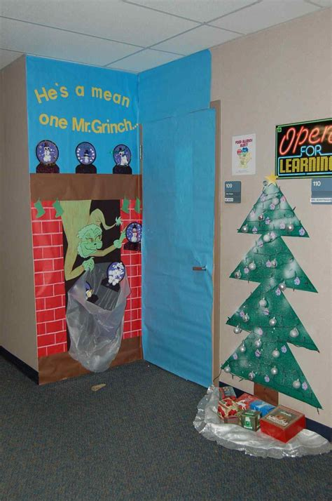 christmas bulletin decoration ideas images grinch classroom door decorations for kapan date