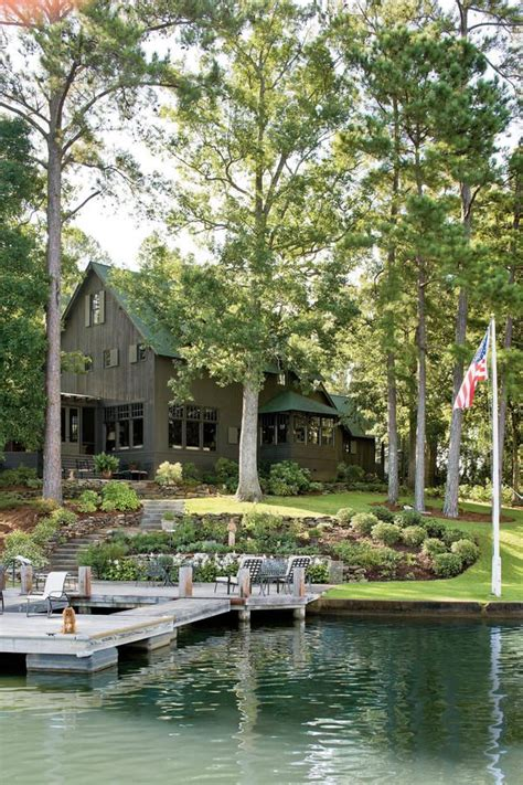 small lake house 25 best ideas about small lake houses on