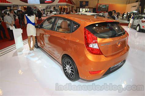 Hyundai Avega 2008 hyundai grand avega limited rear quarter at the 2015 gaikindo indonesia international motor show