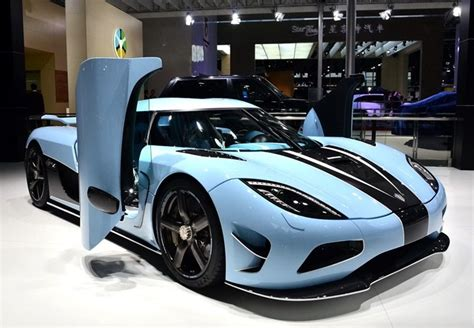 blue koenigsegg agera r the matte blue koenigsegg agera r pops up at the shanghai