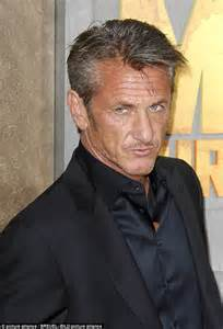 sean penn hairstyles sean penn is barely recognisable as he grows out his hair