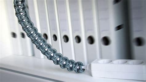 kabel dekorativ verstecken kabelsalat verstecken computerkabel steckdosenleisten