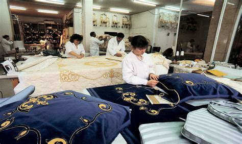 The Traditional Upholstery Workshop - the traditional upholstery rom 233 o