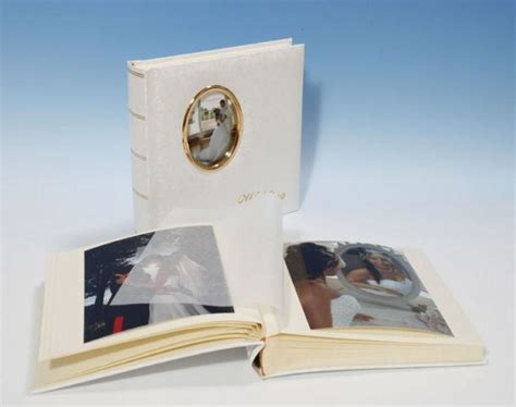 Traditional Wedding Albums Uk by Heritage Romantica Classic 3 Cameo Traditional Wedding