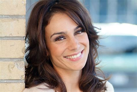 brunette hairstyles for 35 year old women image result for woman 35 lg robot pinterest more