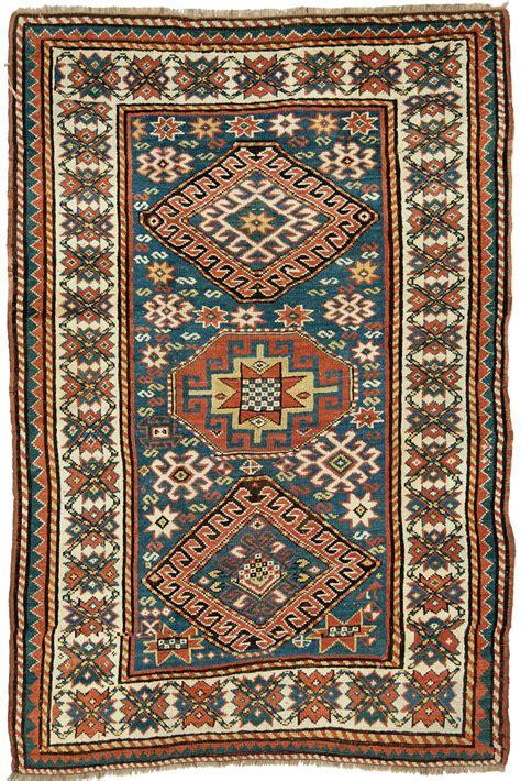 tappeti morandi inequilibrio tra le magie dei tappeti
