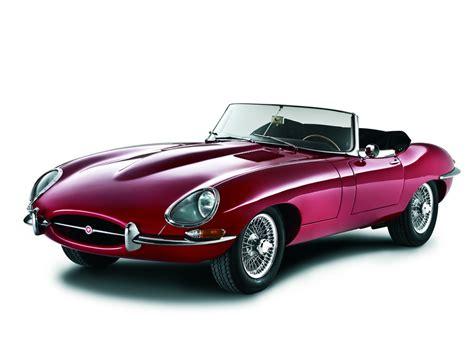 Jaguar E Type Auto by Jaguar Feiert Beim Oldtimer Grand Prix Den E Type