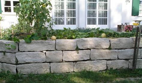Gartenmauer Naturstein Kosten by Gartenmauer Natursteinmauer Trockenmauer Kosten