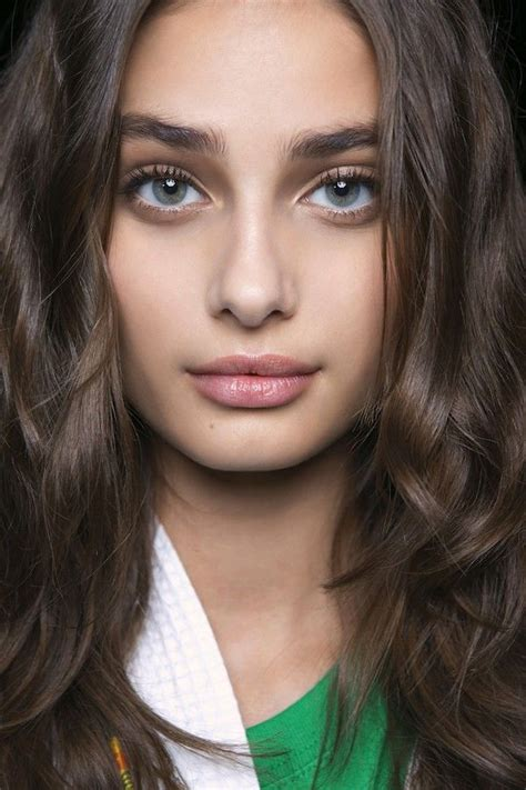 model makeup runway makeup looks and tips marie claire 253 best images about taylor hill on pinterest ralph