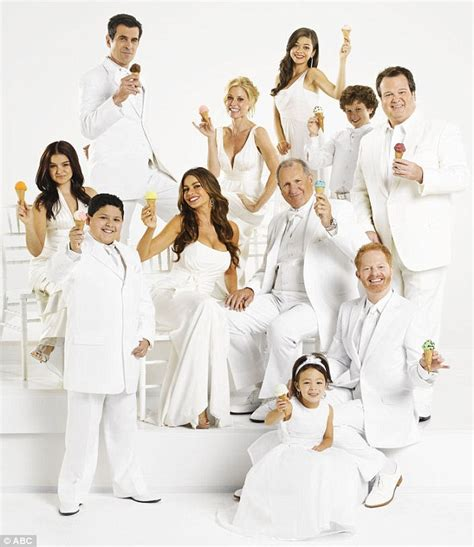 modern family couch tuner couch tuner modern family 28 images modern family free