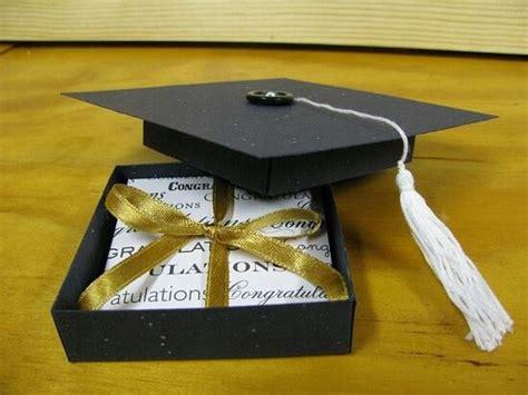 accesorios para graduacion invitaciones para graduaciones las 25 mejores ideas sobre gorro egresados en pinterest y