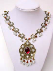 Earrings jewelry sets necklaces pendants rings