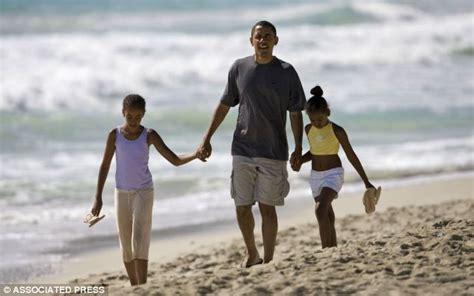 president obama set  jet   week   day
