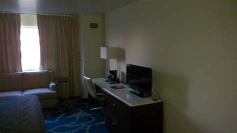 king room area picture of tropicana evansville